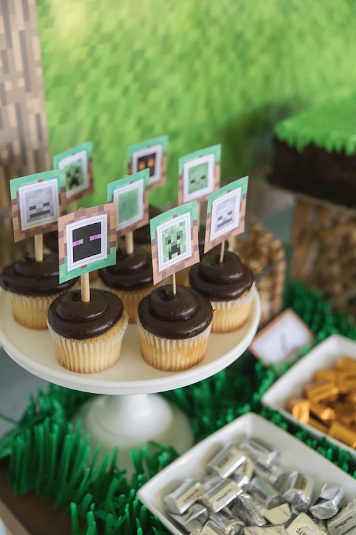 Minecraft Character Cupcakes from a Minecraft Birthday Party on Kara's Party Ideas | KarasPartyIdeas.com (14)