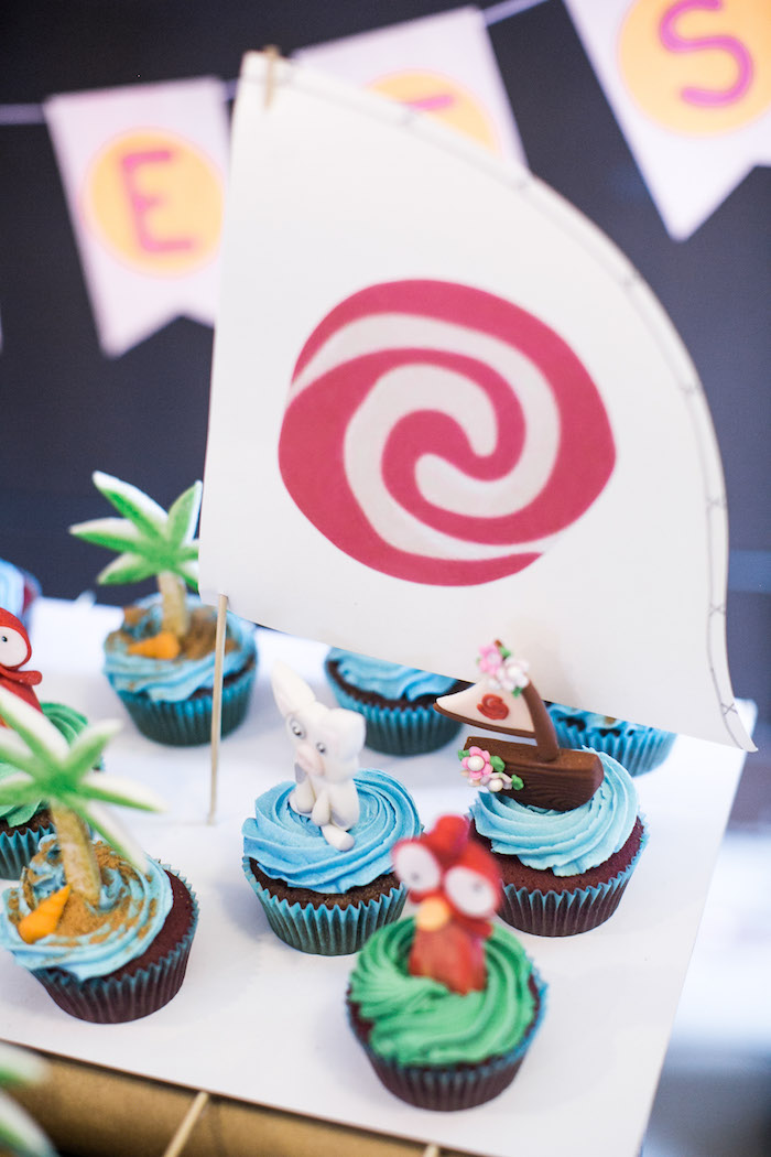 Cupcakes from a Moana Inspired Birthday Party on Kara's Party Ideas   KarasPartyIdeas.com (5)