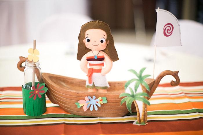 Moana Voyager Boat Centerpiece from a Moana Inspired Birthday Party on Kara's Party Ideas | KarasPartyIdeas.com (19)