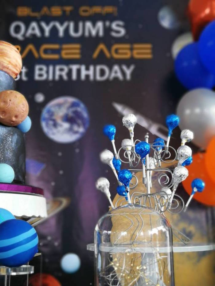 Lollipops from an Outer Space Birthday Party on Kara's Party Ideas | KarasPartyIdeas.com (9)