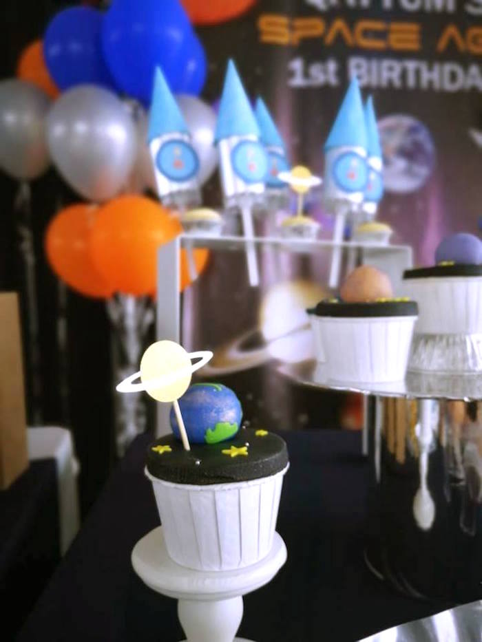Planet Cupcakes from an Outer Space Birthday Party on Kara's Party Ideas | KarasPartyIdeas.com (16)