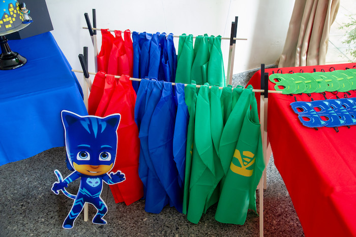Superhero Capes from a PJ Masks Birthday Party on Kara's Party Ideas | KarasPartyIdeas,com (7)