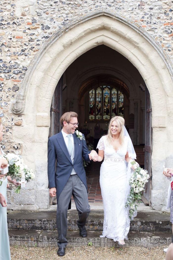 Romantic Garden Wedding on Kara's Party Ideas | KarasPartyIdeas.com (26)