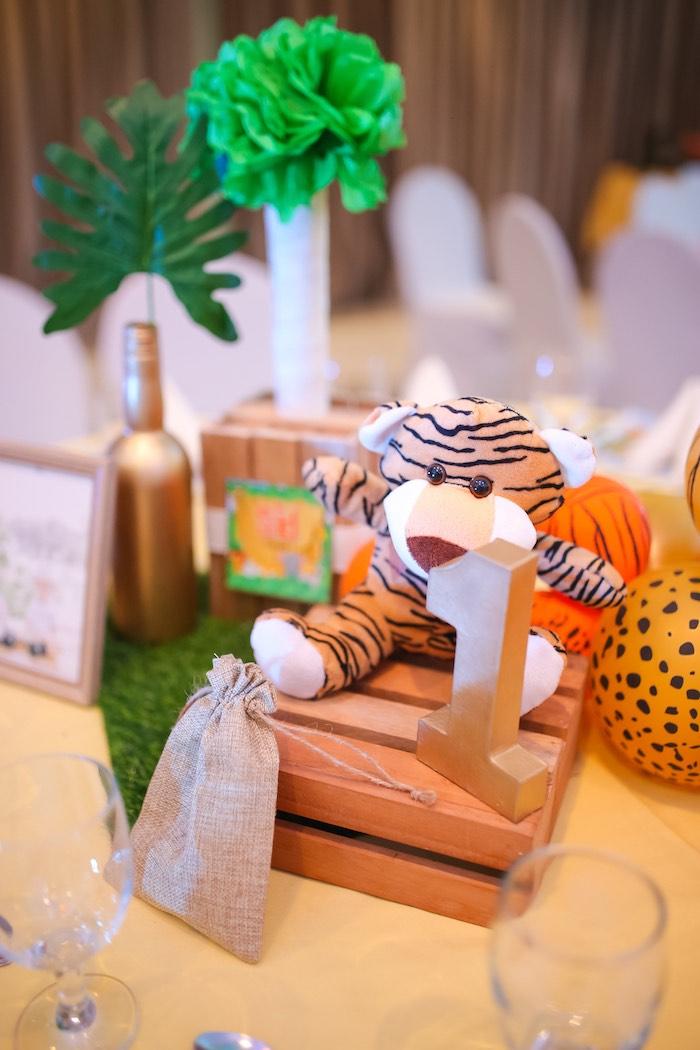 Safari Themed Table Centerpiece from a Safari Animal Birthday Party on Kara's Party Ideas | KarasPartyIdeas.com (12)