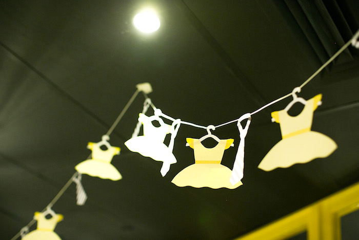 Bunting from a Tutus or Ties? Gender Reveal Party on Kara's Part Ideas | KarasPartyIdeas.com (16)