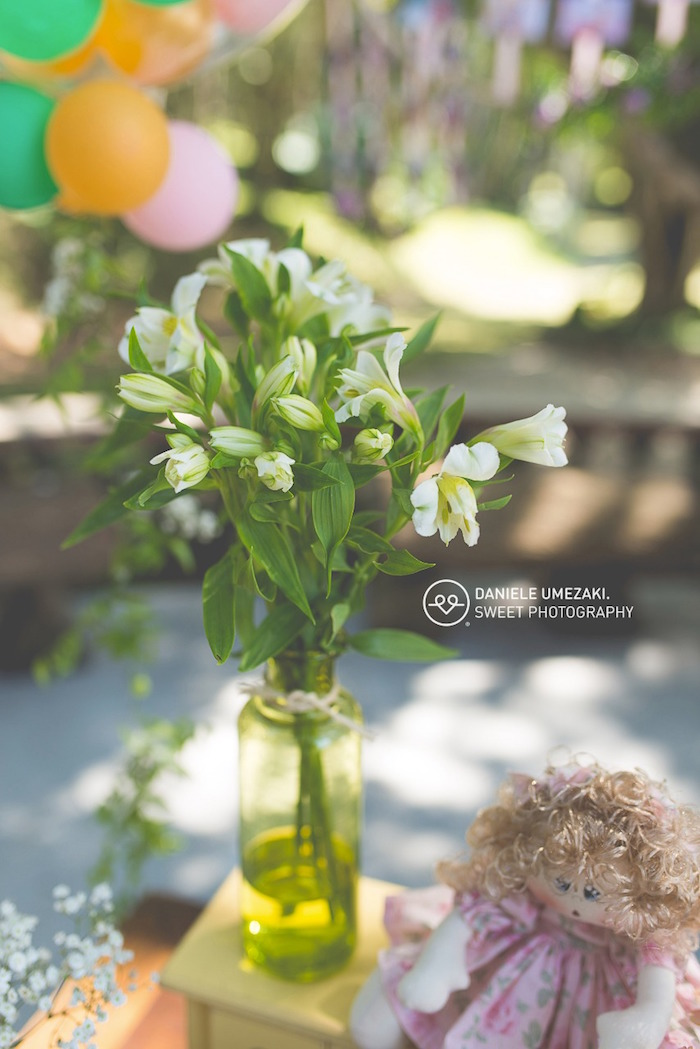 Blooms from a Butterfly Garden Birthday Party on Kara's Party Ideas | KarasPartyIdeas.com (13)