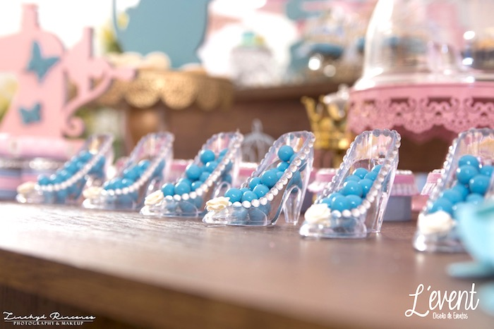 Cinderella Slipper Candy Containers from a Cinderella Princess Party on Kara's Party Ideas | KarasPartyIdeas.com (17)