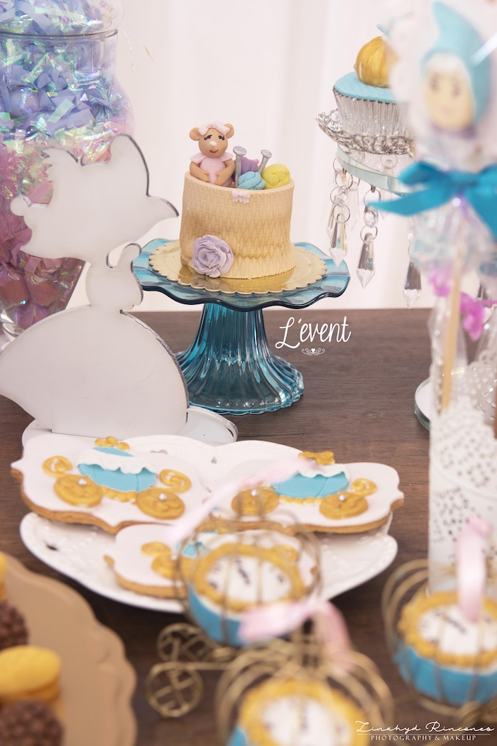 Cake & Cookies from a Cinderella Princess Party on Kara's Party Ideas | KarasPartyIdeas.com (11)