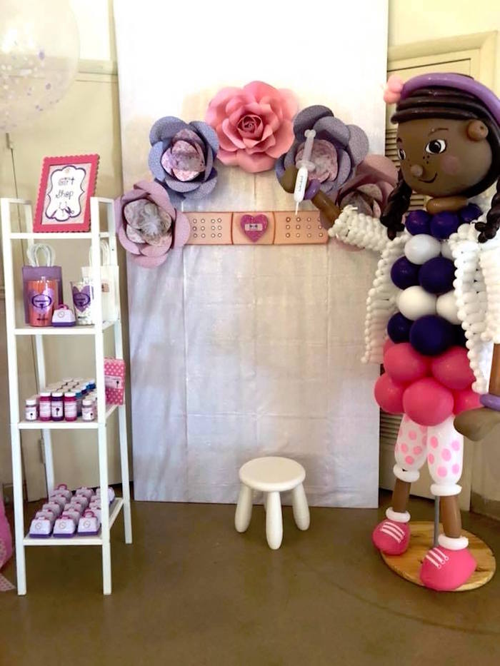 Photo Booth + Favors from a Doc McStuffins Birthday Party on Kara's Party Ideas | KarasPartyIdeas.com (6)
