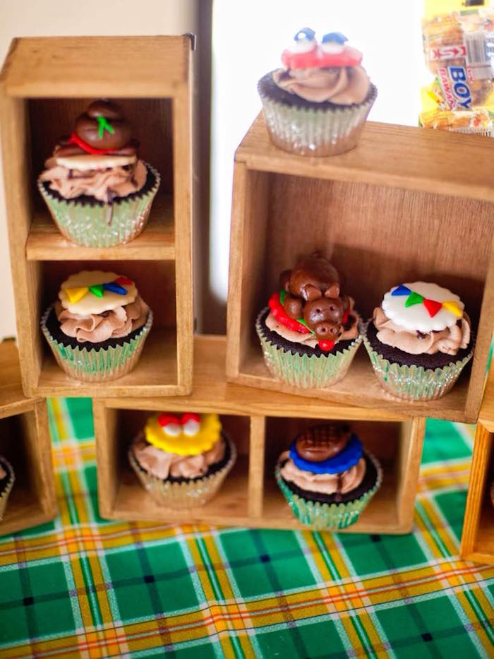 "Cupcakes from a Filipino Festival ""Pistahan"" Inspired Birthday Party on Kara's Party Ideas 