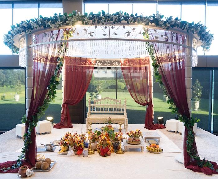 Hindu Wedding on Kara's Party Ideas | KarasPartyIdeas.com (8)