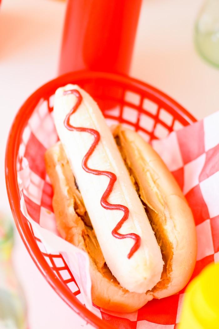 Kara 39 s Party Ideas Hot Dog Themed