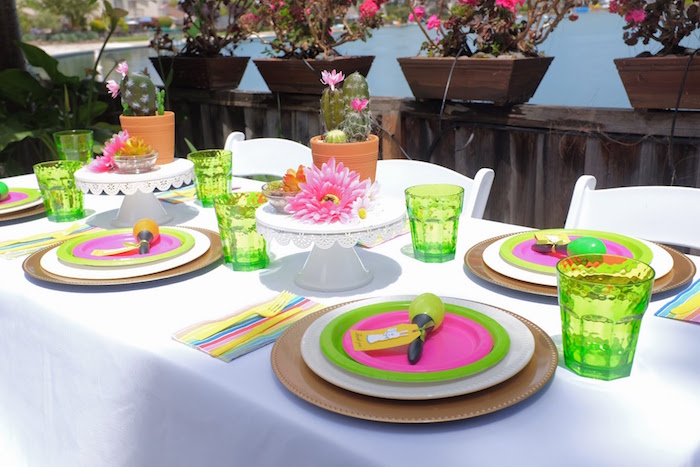 Fiesta Guest Table from a Llama & Cactus Birthday Party on Kara's Party Ideas | KarasPartyIdeas.com (20)