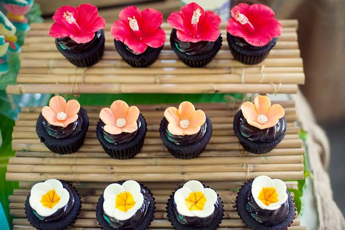 Tropical Flower Cupcakes from a Moana Inspired Birthday Luau on Kara's Party Ideas | KarasPartyIdeas.com (22)