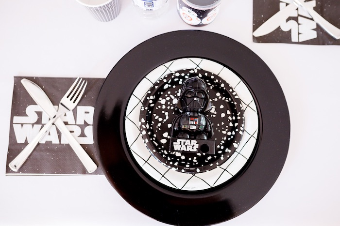 Star Wars Table Setting from a Monochromatic Star Wars Birthday Party on Kara's Party Ideas | KarasPartyIdeas.com (16)