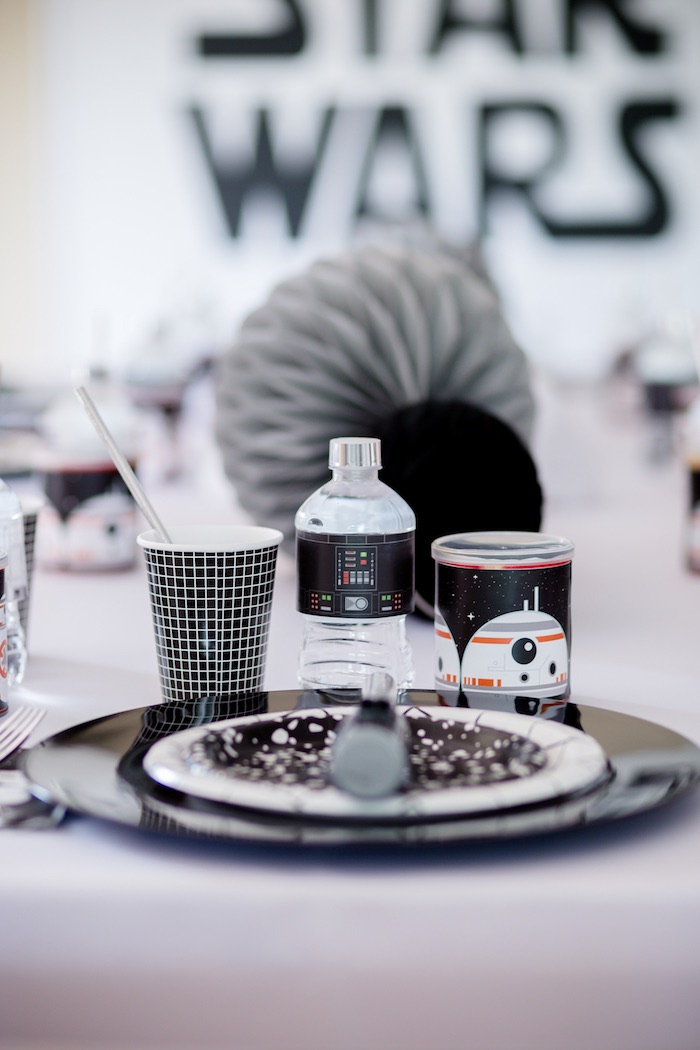Star Wars Themed Table Setting from a Monochromatic Star Wars Birthday Party on Kara's Party Ideas | KarasPartyIdeas.com (12)