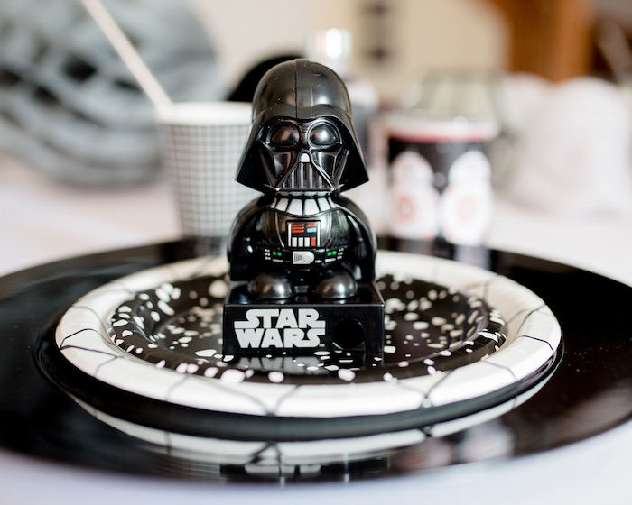 Star Wars Table Setting from a Monochromatic Star Wars Birthday Party on Kara's Party Ideas | KarasPartyIdeas.com (33)