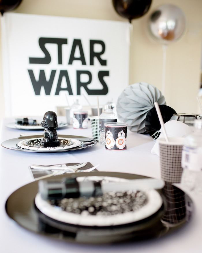 Star Wars Guest Tablescape from a Monochromatic Star Wars Birthday Party on Kara's Party Ideas | KarasPartyIdeas.com (32)