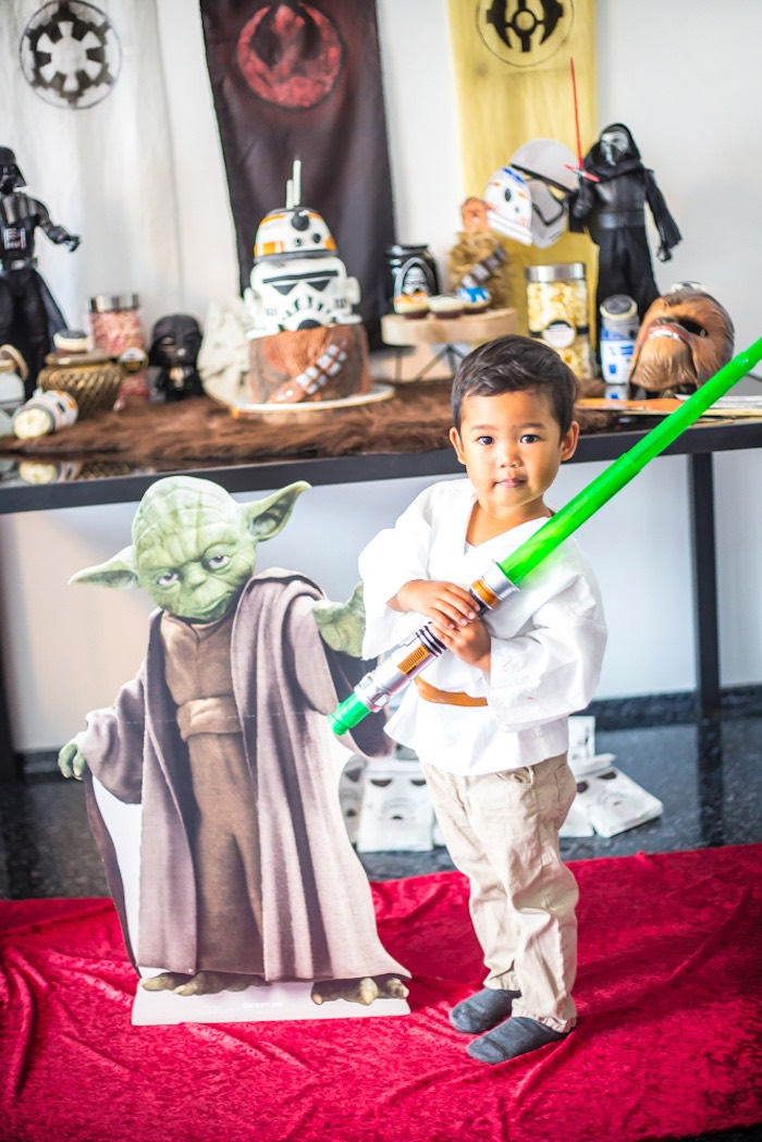 Star Wars Birthday Party on Kara's Party Ideas | KarasPartyIdeas.com (8)