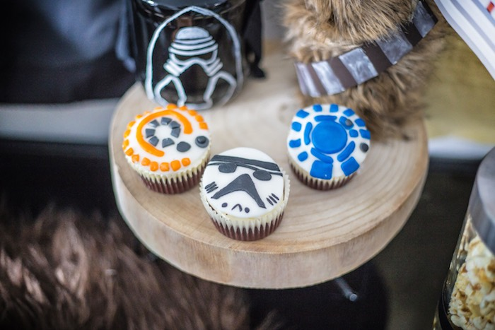 Star Wars Cupcakes from a Star Wars Birthday Party on Kara's Party Ideas   KarasPartyIdeas.com (11)