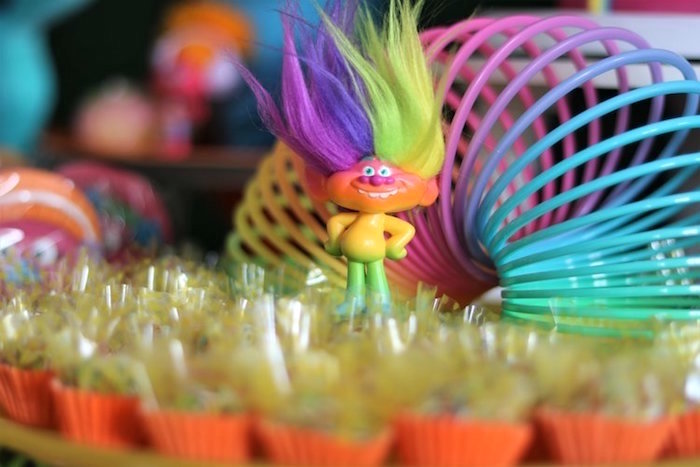 Trolls Birthday Party on Kara's Party Ideas | KarasPartyIdeas.com (17)