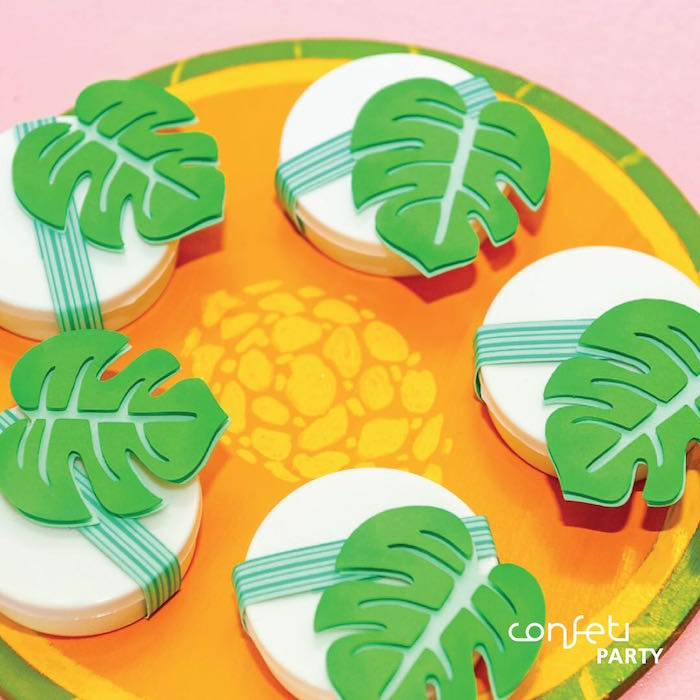 Palm Leaf Oreos from a L.O.L. Surprise! Pool Party on Kara's Party Ideas | KarasPartyIdeas.com (10)