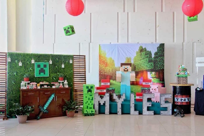 Minecraft Birthday Party on Kara's Party Ideas | KarasPartyIdeas.com (18)