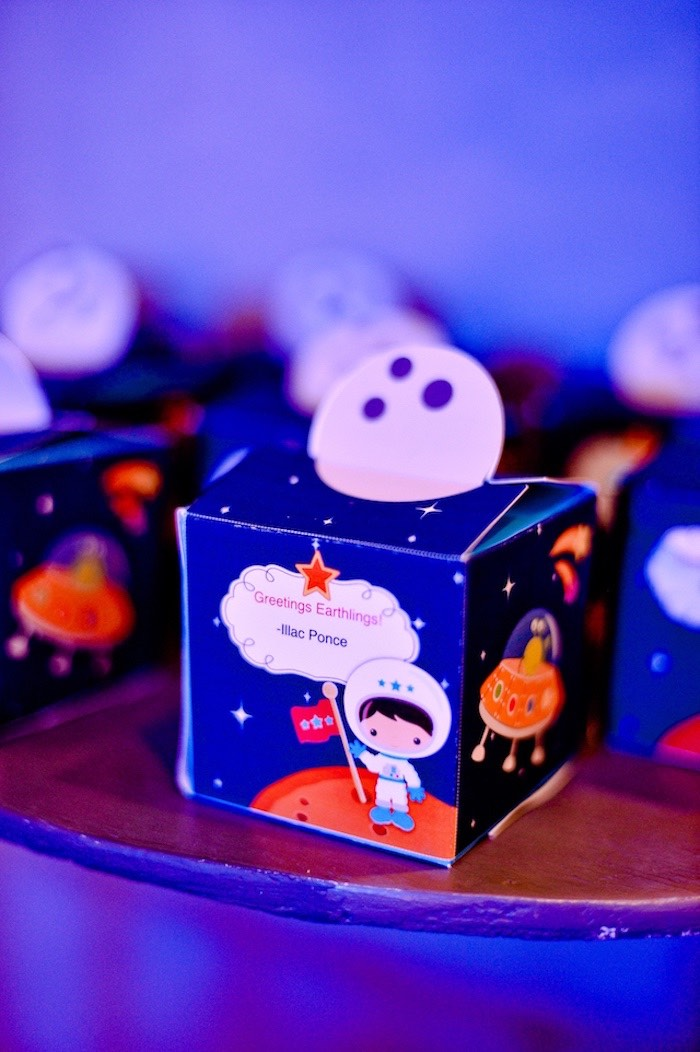 Space Favor Boxes from an Outer Space Birthday Party on Kara's Party Ideas | KarasPartyIdeas.com (18)