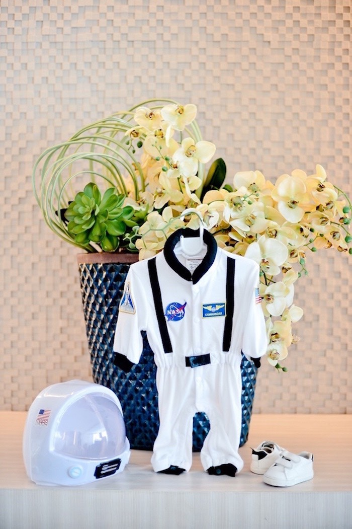 Astronaut Outfit/Costume from an Outer Space Birthday Party on Kara's Party Ideas | KarasPartyIdeas.com (28)