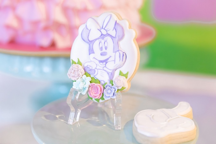 Purple Sketched Minnie Mouse Cookie from a Pastel Minnie Mouse & Daisy Duck Party on Kara's Party Ideas | KarasPartyIdeas.com (28)