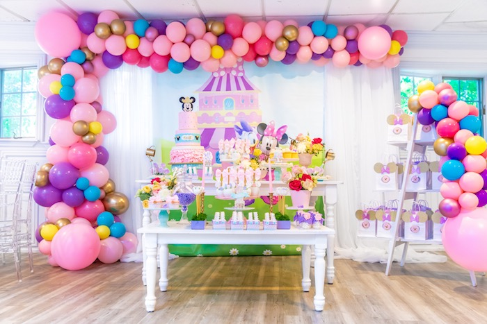 Party Minnie Mouse Daisy Duck Inspired Sweet Table From A Pastel