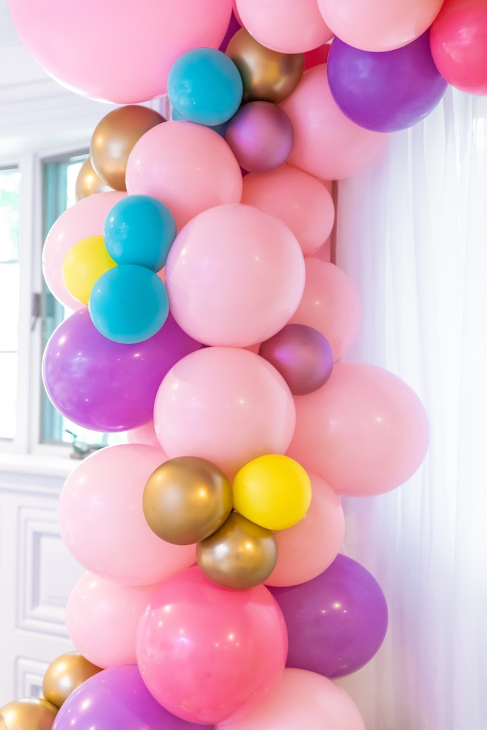Balloon Garland from a Pastel Minnie Mouse & Daisy Duck Party on Kara's Party Ideas | KarasPartyIdeas.com (9)