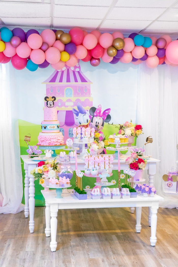 Pastel Minnie Mouse Daisy Duck Party On Karas Ideas