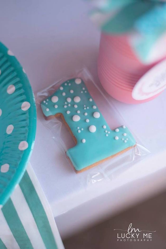 Cookie Favor from a Pink Piglet Birthday Party on Kara's Party Ideas | KarasPartyIdeas.com (25)
