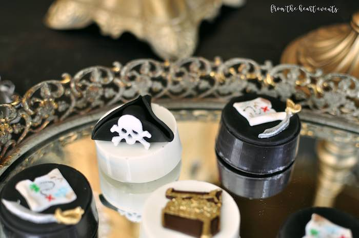 Pirate Oreos from a Pirates of the Caribbean Birthday Party on Kara's Party Ideas | KarasPartyIdeas.com (24)