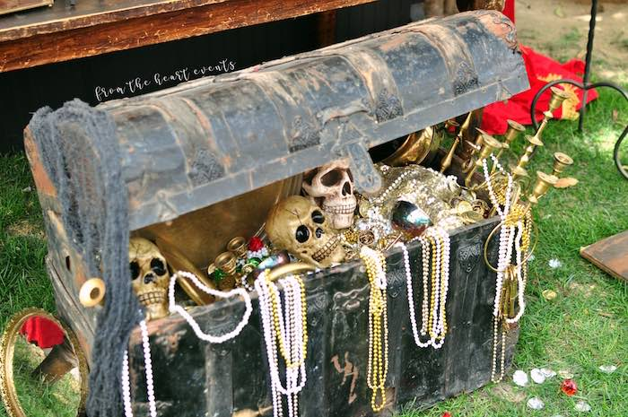 Loot Chest from a Pirates of the Caribbean Birthday Party on Kara's Party Ideas | KarasPartyIdeas.com (34)
