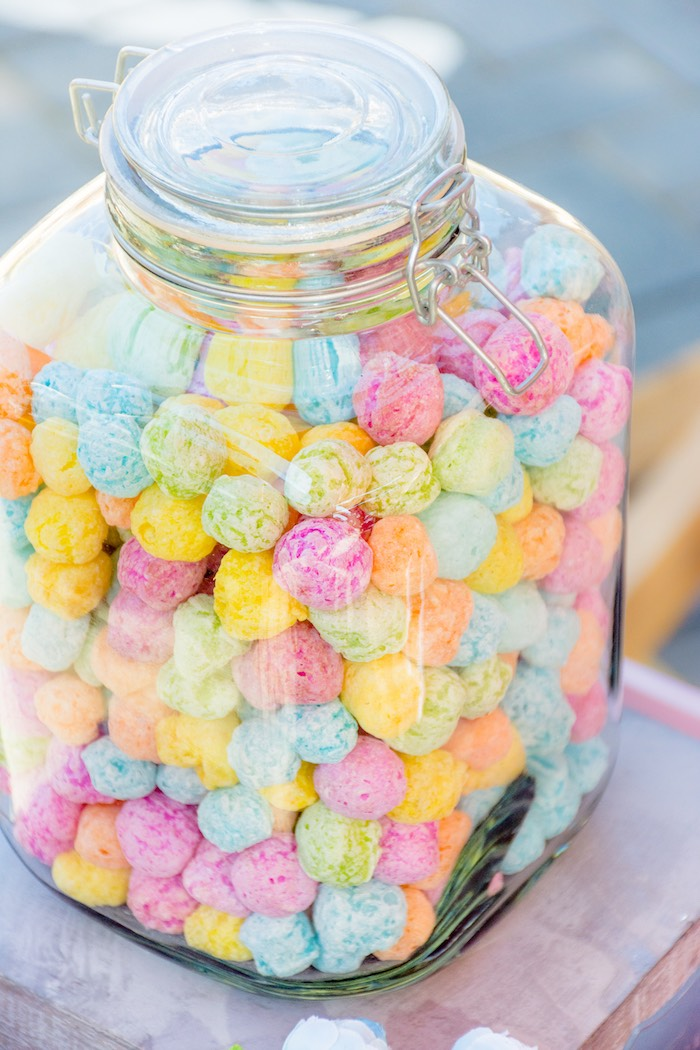 Snap Lid Sweet Jar full of Unicorn Crisps from a Rainbows and Unicorns Birthday Party on Kara's Party Ideas | KarasPartyIdeas.com (22)