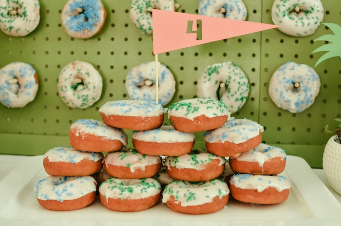 Doughnut Stack with Golf Flag Topper from a Retro Country Club + Golf Birthday Party on Kara's Party Ideas | KarasPartyIdeas.com (31)