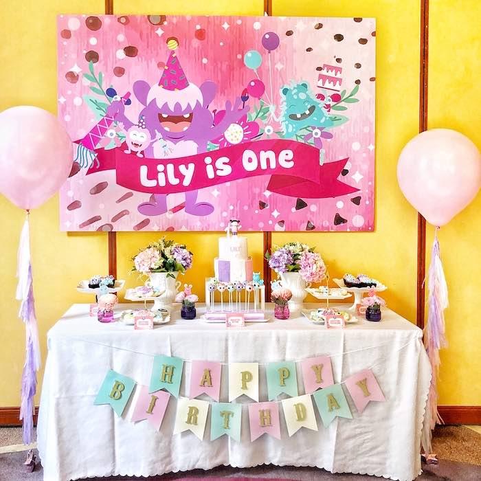 Sweet Monster Bash on Kara's Party Ideas | KarasPartyIdeas.com (19)