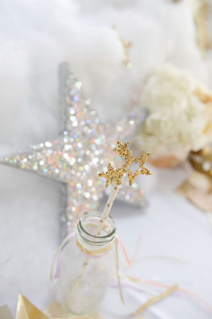 Shimmering Star Tassel Straw from a Twinkle Twinkle Little Star Birthday Party on Kara's Party Ideas | KarasPartyIdeas.com (5)
