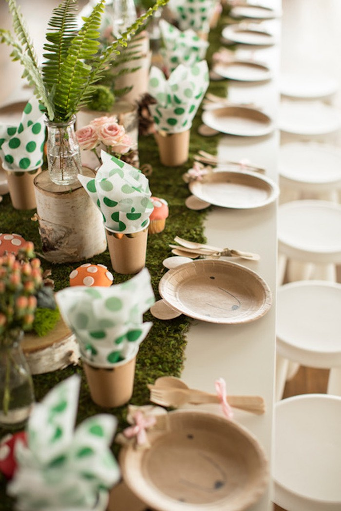 Woodland Guest Tablescape from a Woodland Adventure Birthday Party on Kara's Party Ideas | KarasPartyIdeas.com (22)