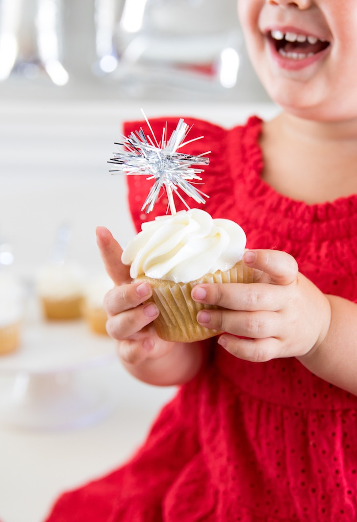 Sparkle Firework Cupcake from a #merica July 4th Party via Kara's Party Ideas | KarasPartyIdeas.com (10)
