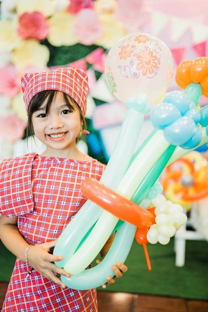 Filipino Fiesta Birthday Party on Kara's Party Ideas   KarasPartyIdeas.com (13)