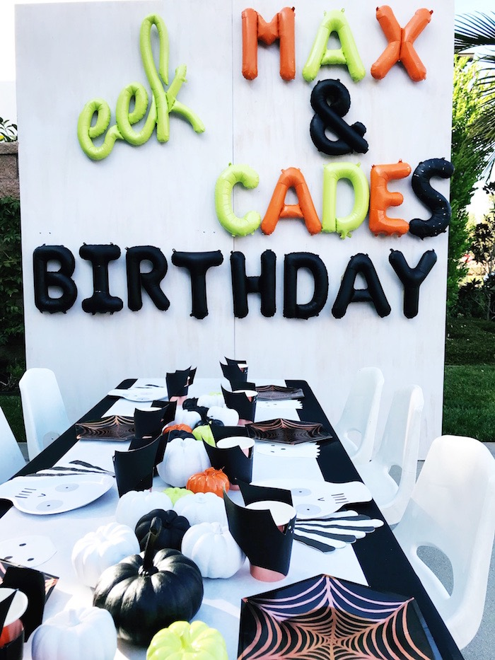 Balloon Letter Backdrop from a Spooky Halloween Birthday Party on Kara's Party Ideas | KarasPartyIdeas.com (13)