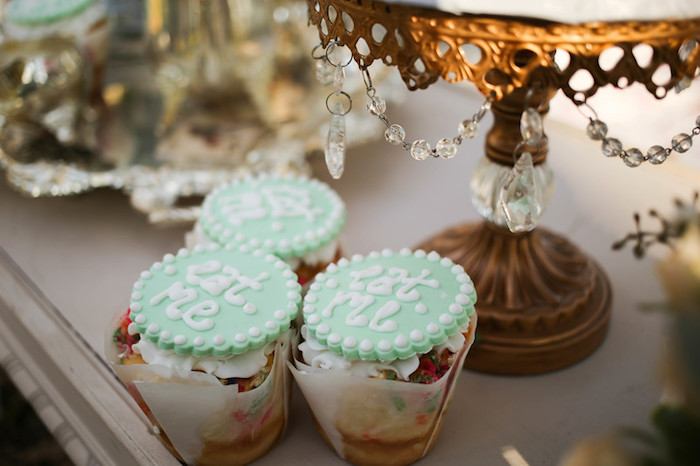 """Eat Me"" Cupcakes from a Vintage Alice in Wonderland Inspired Cake Smash on Kara's Party Ideas 