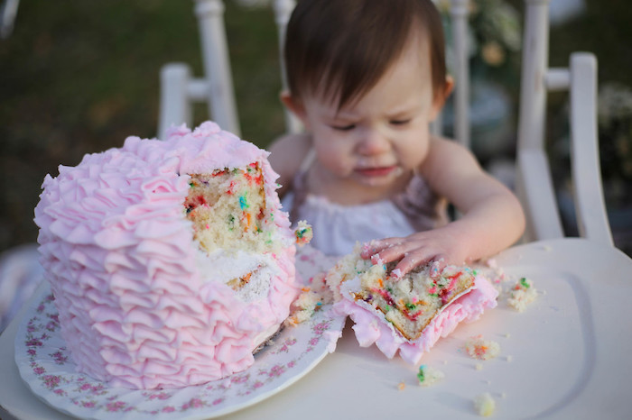 Vintage Alice in Wonderland Inspired Cake Smash on Kara's Party Ideas | KarasPartyIdeas.com (6)