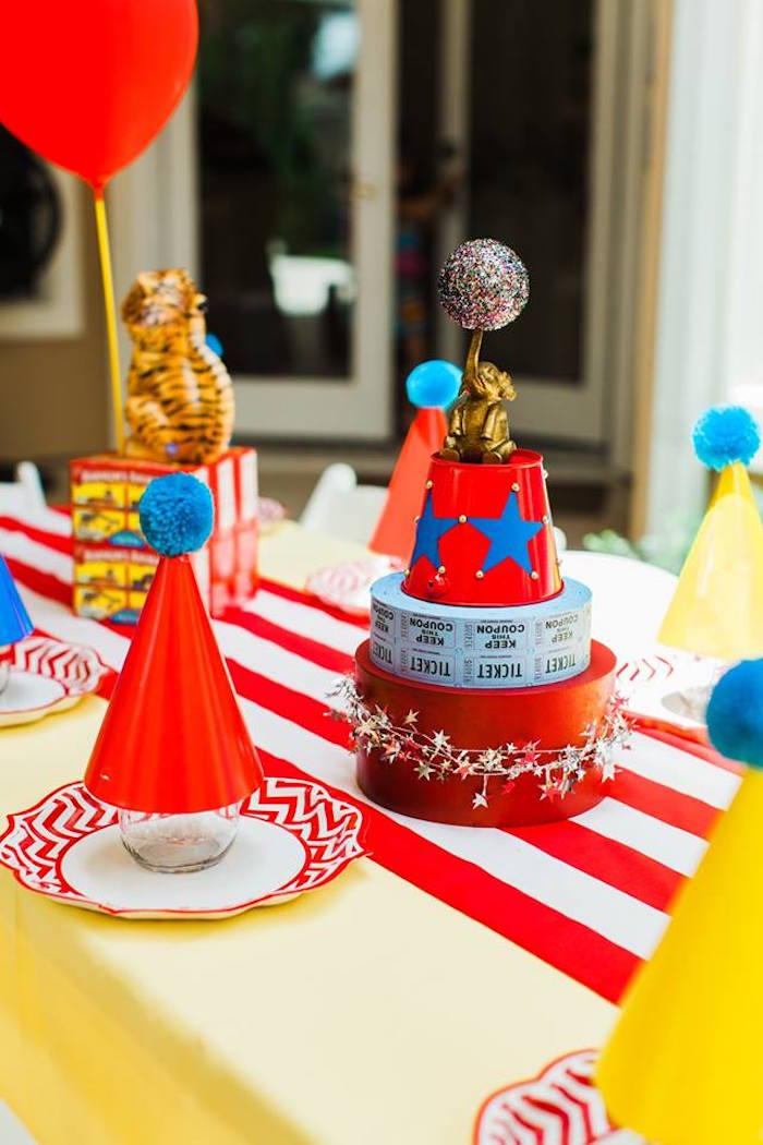 "Circus Party Table + Table Setting from ""The Greatest Showman"" Circus Birthday Party on Kara's Party Ideas 