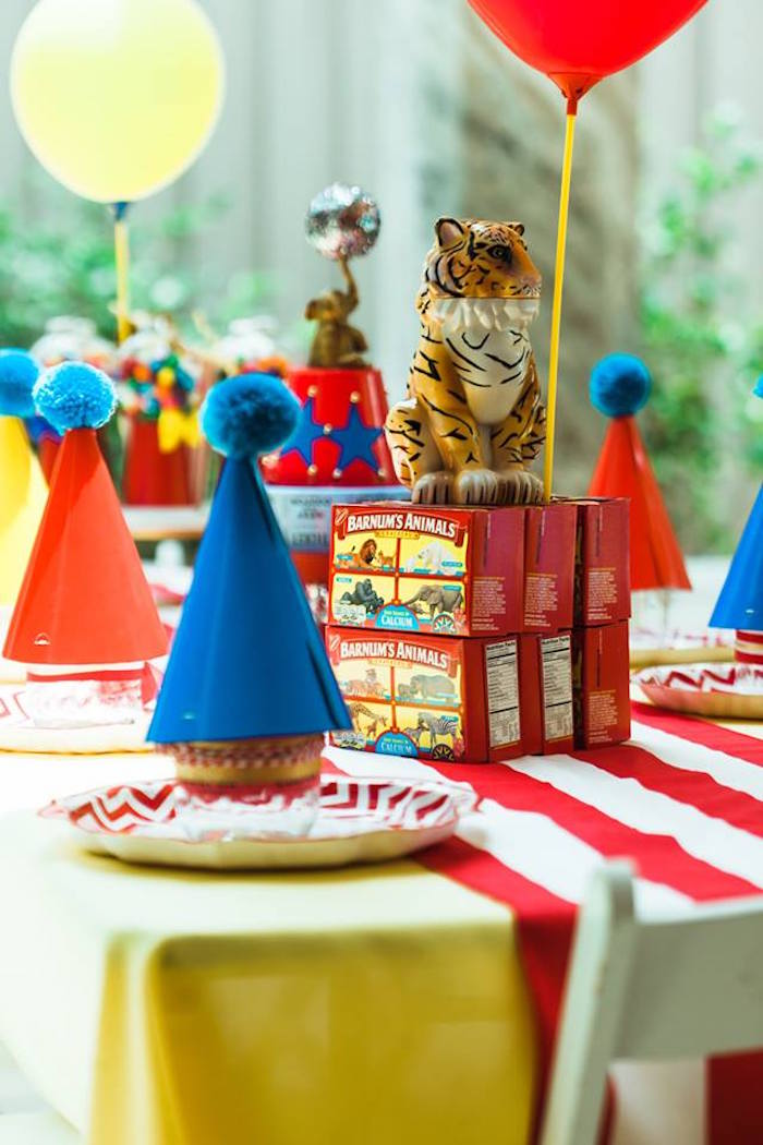 "Animal Cracker Box Table Centerpiece from ""The Greatest Showman"" Circus Birthday Party on Kara's Party Ideas 