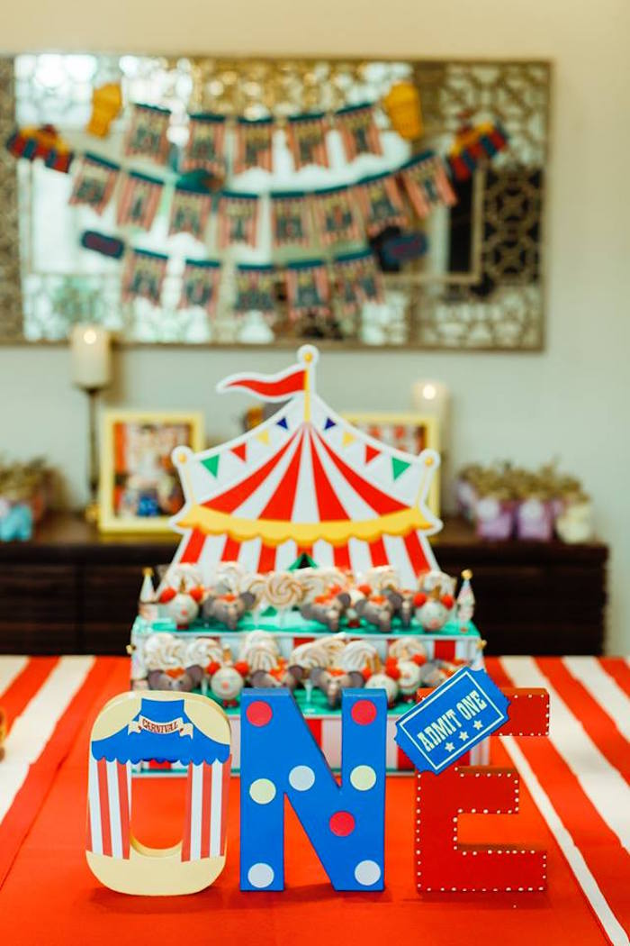 "Circus Letters from ""The Greatest Showman"" Circus Birthday Party on Kara's Party Ideas 