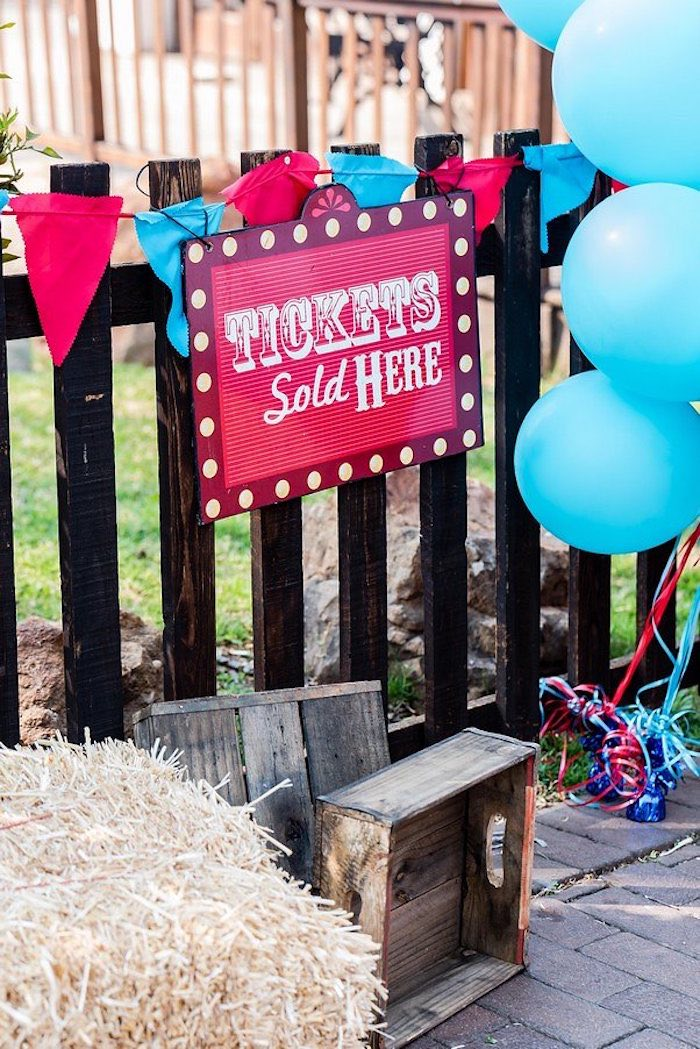 Circus Party Entrance + Decor from a Circus Carnival Birthday Party on Kara's Party Ideas | KarasPartyIdeas.com (17)